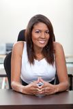 Business woman smiling Royalty Free Stock Photography
