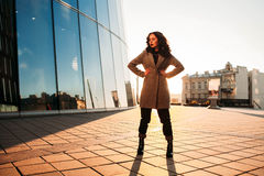 Business woman standing ing outside the office Royalty Free Stock Photography