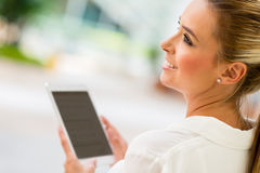 Business woman with tablet computer Royalty Free Stock Photography