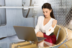 Business woman using laptop at office Royalty Free Stock Photography