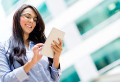 Business woman using tablet computer Royalty Free Stock Photos