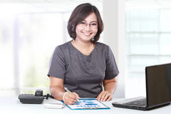 Business woman working in the office Royalty Free Stock Image