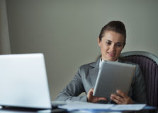 Business woman working with tablet PC Royalty Free Stock Image