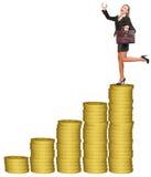 Businesslady com a mala de viagem na pilha das moedas de ouro Fotografia de Stock