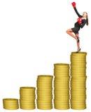 Businesslady em luvas de encaixotamento na pilha das moedas de ouro Fotos de Stock Royalty Free