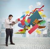 Businessman analyzes the market Royalty Free Stock Photography