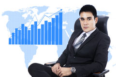 Businessman with business growth chart Royalty Free Stock Photography