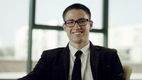 businessman camera looking φιλμ μικρού μήκους