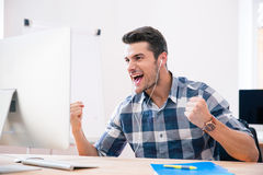 Businessman in casual cloth celebrating his success Royalty Free Stock Photography