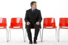 businessman chairs empty row sitting Στοκ φωτογραφίες με δικαίωμα ελεύθερης χρήσης