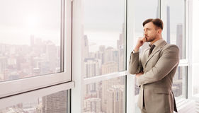 Businessman looking at city Royalty Free Stock Photography