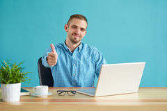 Businessman making gesture ok Royalty Free Stock Photos