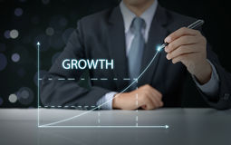 Businessman present increasing graph Royalty Free Stock Images