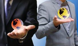 Businessman show the virtual world Royalty Free Stock Photos