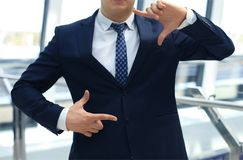 Businessman showing hand square Royalty Free Stock Photography