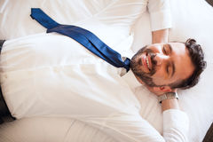 Businessman taking a nap and relaxing Royalty Free Stock Photography