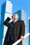 Businessman talking on cell phone Royalty Free Stock Photography