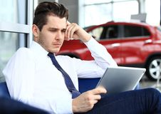 Businessman using a tablet pc Royalty Free Stock Photo