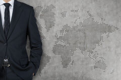 Businessman and world map Royalty Free Stock Photography