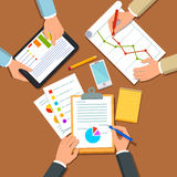 Businessmen discussing business plan Royalty Free Stock Images