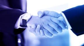 businessmen handshake two 免版税库存图片