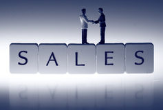 Businessmen sales handshake B Royalty Free Stock Photos