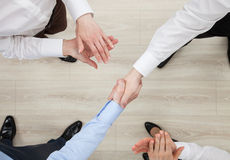 Businessmen shake hands Royalty Free Stock Images