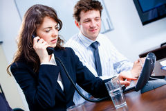 businesspeople calling phone Στοκ φωτογραφίες με δικαίωμα ελεύθερης χρήσης