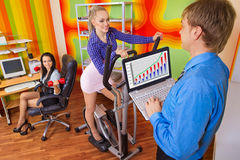 Businesspeople doing exercise Royalty Free Stock Photography
