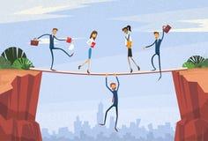 Businesspeople grupperar instabilt skaka över det Cliff Team Problem Business People Risk begreppet royaltyfri illustrationer
