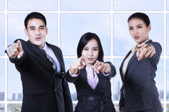 Businesspeople pointing at you Royalty Free Stock Photography