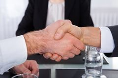 Businesspeople shaking hand Royalty Free Stock Image