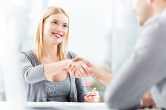 Businesspeople shaking hands Royalty Free Stock Photography