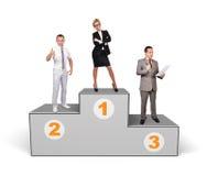 Businesspeople som står på podiet arkivfoton