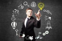 Businessperson som pekar på affärssymboler stock illustrationer