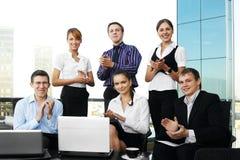 businesspersons clapping руки 6 их детеныши Стоковые Фотографии RF