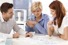 Businessteam που λειτουργεί από κοινού Στοκ Εικόνες