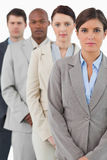Businessteam de vista sério que está junto Imagens de Stock
