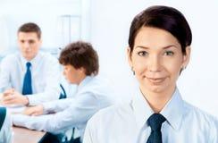 Businessteam en een leider Stock Afbeelding