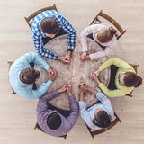 Businessteam que trabaja en la mesa de reuniones Fotos de archivo