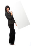 Businesswoman with a blank card Royalty Free Stock Photography