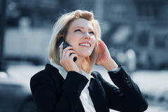 Businesswoman calling on the phone Royalty Free Stock Photo