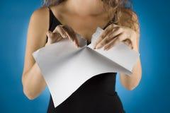 businesswoman contract tears Στοκ εικόνα με δικαίωμα ελεύθερης χρήσης