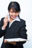 businesswoman discussion having over phone στοκ φωτογραφίες με δικαίωμα ελεύθερης χρήσης
