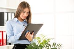 businesswoman folder isolated white young Στοκ Εικόνες