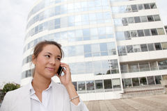 Businesswoman in front of building Royalty Free Stock Photography