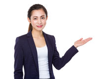 Businesswoman with hand show with blank sign Royalty Free Stock Photography