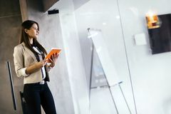 Free Businesswoman Holding A File Stock Photos - 104066303