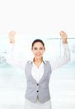 Businesswoman holding a blank white card board Royalty Free Stock Photos