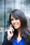 businesswoman indian phone Στοκ Φωτογραφίες